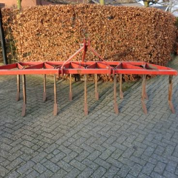 VASTE TAND CULTIVATOR